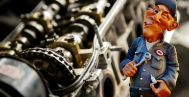 auto-mechanic-2834414_960_720 (1)